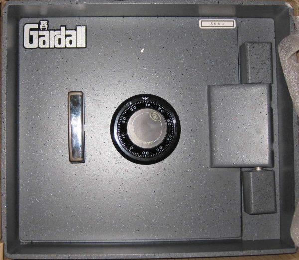 Gardall B1311-G-C Commercial In-Floor Safe full front